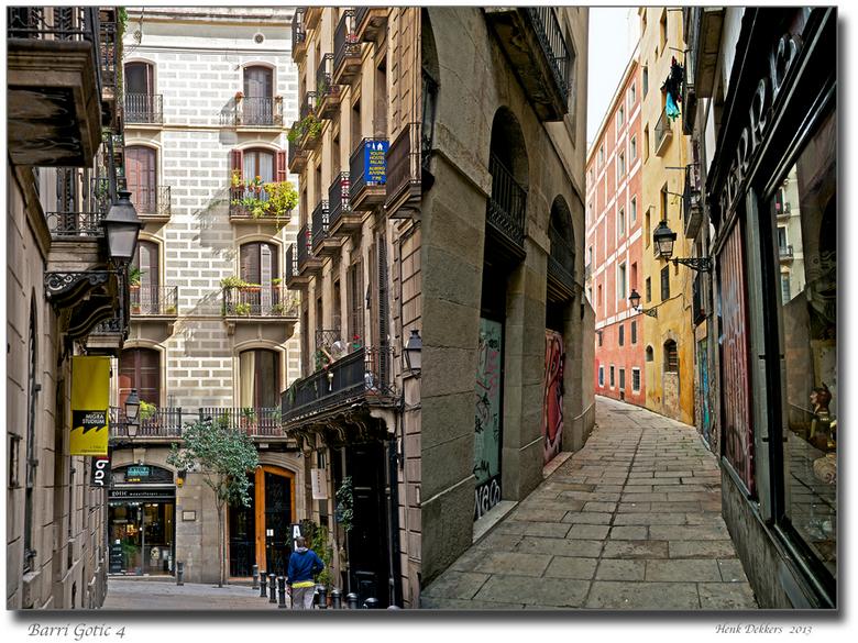 Barri Gòtic 4 .jpg - Nummer 4 van onze wandeling door de Barri Gòtic in Barcelona.<br /> Gr. henk