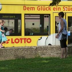 Leentje, Lotje en de Lotto...