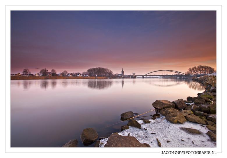 Winter in Hasselt (overijssel) - 2 - Genomen op zaterdagmiddag 8 december 2012.