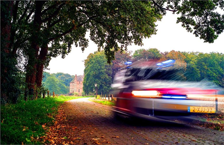 Politie [4]  - Oprijlaan Kasteel Vorden.
