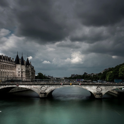 Paris cloudy