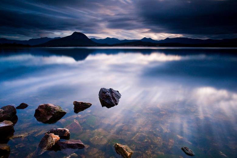 Lake Moogerah - Canon 5DMkII | Canon 17-40mm F/4 lens | ISO100 | 20mm | F/16 | 299 sec | Lee Big Stopper & Lee 0.9ND hard grad