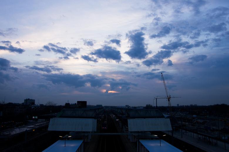 Wolken boven Breda - Wolken boven het treinstation van Breda.
