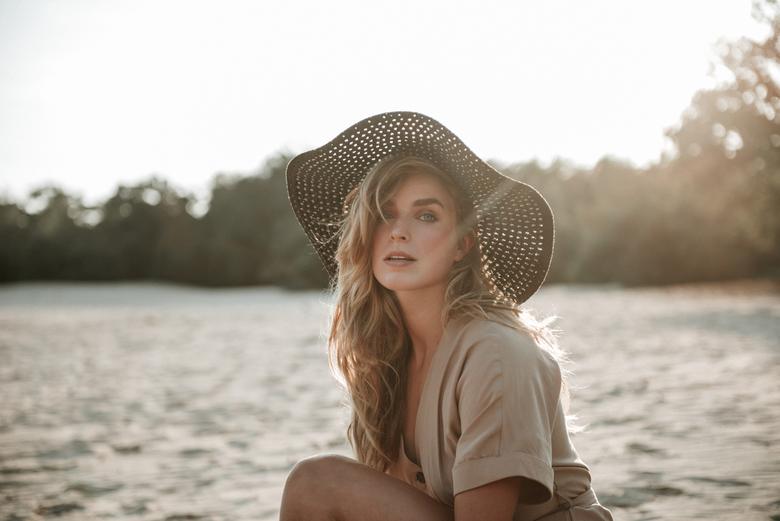Nicki - Model: Nicki Bos