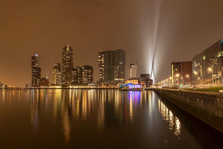 City of Gold - Gisteravond hadden we met een klein clubje een heel gezellige zoomavond in Rotterdam, begonnen op Katendrecht en daarna rond de Kop van