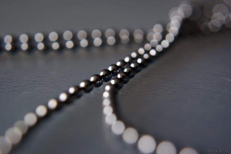chain of iron - Ballentjes ketting