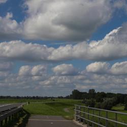 De aflaat van de IJssellinie nabij de Haere te Olst