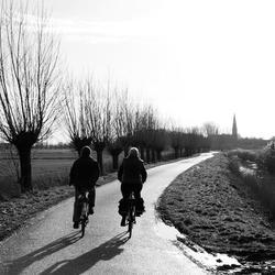 Samen fietsen naar de kerk