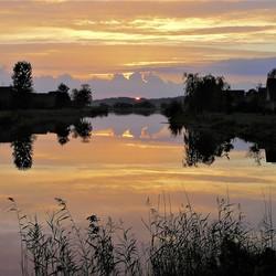 P9240047 zonsondergang  Emmen parc sandur24 sept2010