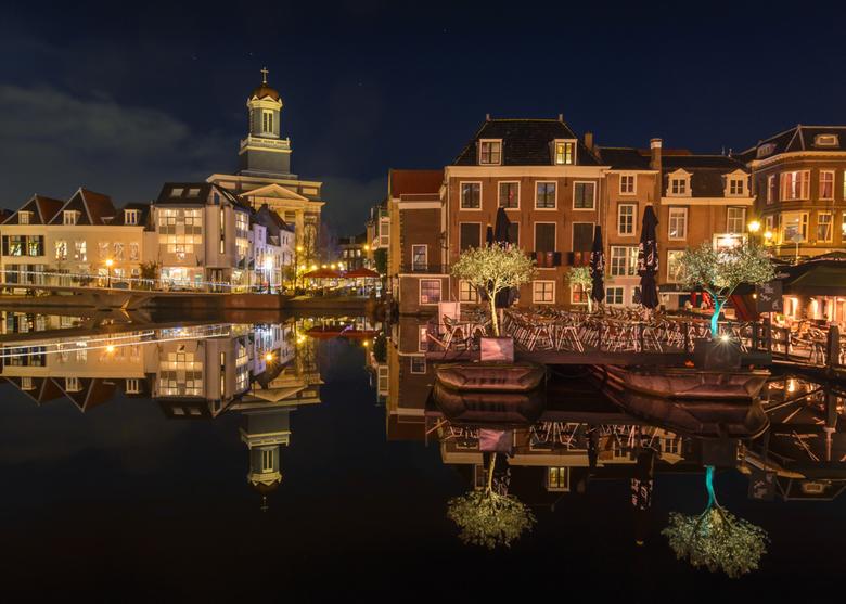Avond in Leiden