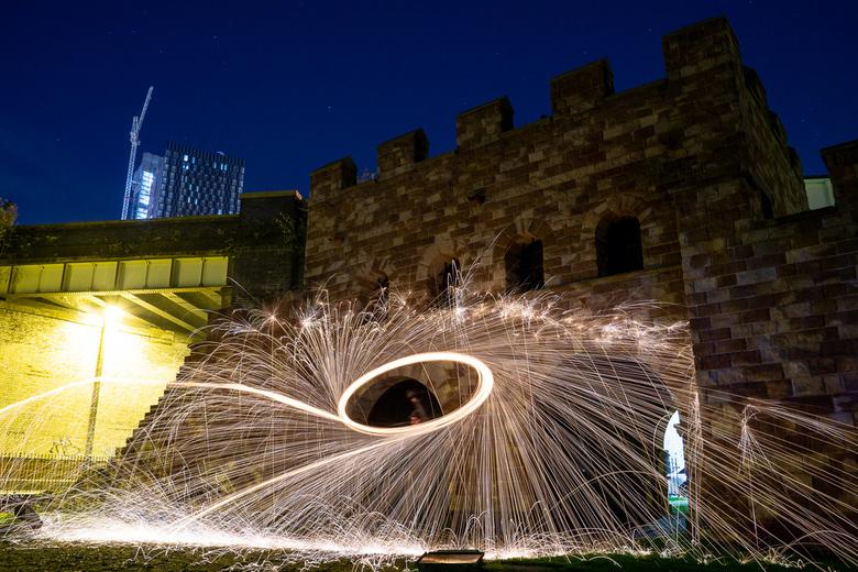 Staalwol Kasteel - Het Castlefield kasteel in Manchester, UK. Deze avond waren we met IGers Manchester om staalwol foto's te maken. Zoals je kan