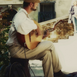 A troubadour in Venice