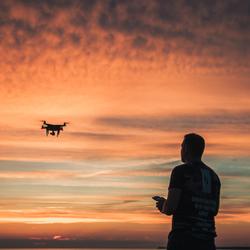 Man met de drone