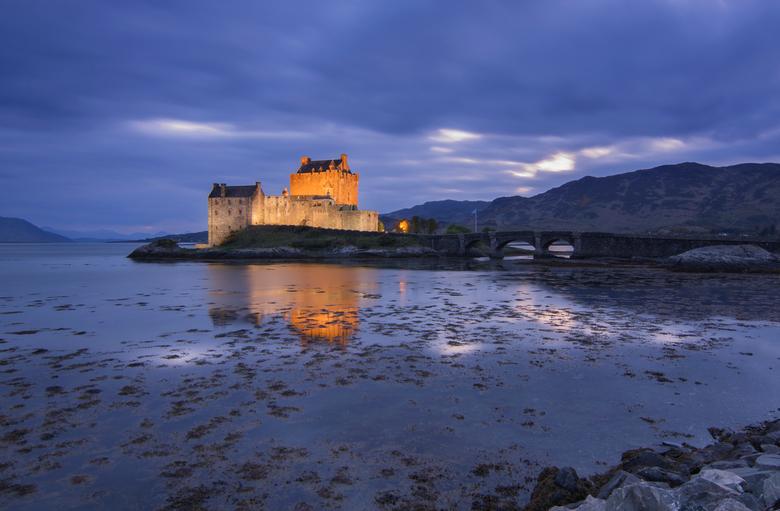 Eilian Donan Castle! - Dit mooie kasteel was op een kwartier van ons verblijf, dus wachten op een avond met een juist tij en natuurlijk droog.<br />