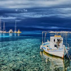 Haventje van Kassiopi op het eiland Corfu
