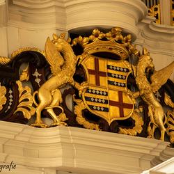 Grote Kerk Almelo - wapen op orgel