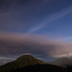 Gunung Raung Ashcloud