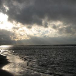 hier aan de kust
