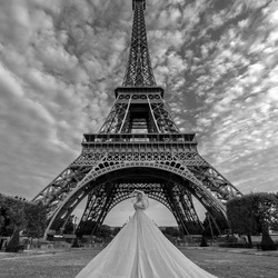 Fly with me to Paris