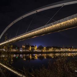 Onder de brug is het ook kerst.....