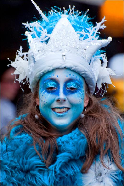 Carnaval 2013-25 - Aangezien er tijdens carnaval nogal wat alcohol vloeit, zal menig een blauw, of zoals wij hier in het zuiden zeggen zaat, thuiskome