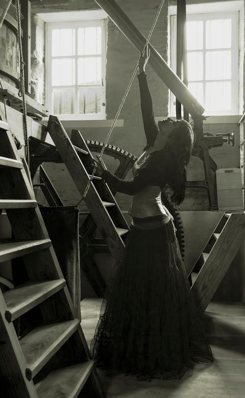 Abdij conventus Sanctae Mariae de Parco - Mijn eerste fotoshoot in een oude abdij te Heverlee met twee professionele  fotomodellen. Ik was bloed nerve