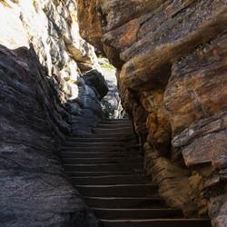 Trappen in een rots