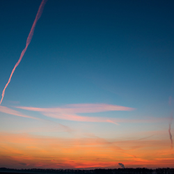 Zonsondergang met Vliegtuig