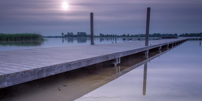 Scoutinglandgoed Zeewolde - Eindelijk na ruim een jaar weer met statief en Lee filters aan de slag aan het water. Om 05.20 wekker gezet, opstaan en da