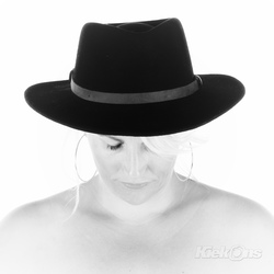 the lady with the hat