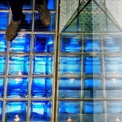 Laarsjes op blauw....