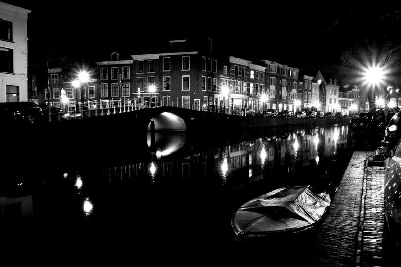 Leiden -4- -