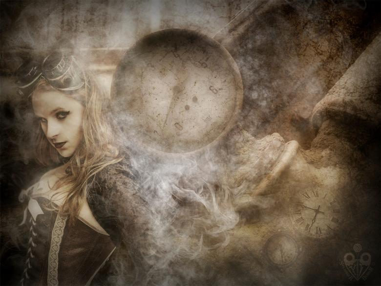 Steam Lady - Het heeft ff geduurd, maar ik heb heel even tussendoor tijd gevonmden om heel ff iets te uppen. <br /> <br />  Photoshop, Wacom Cintiq