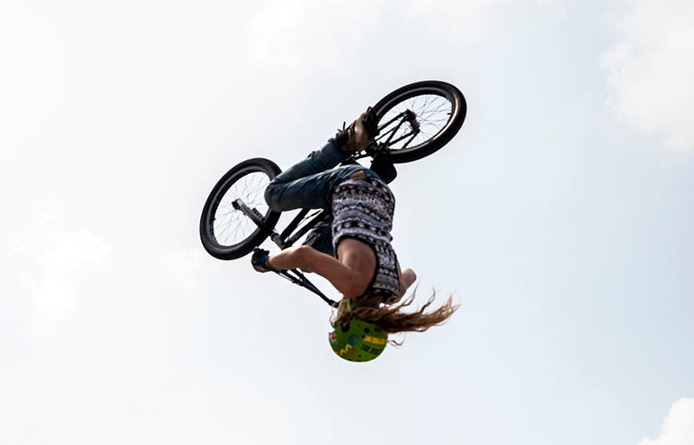 BMX fiets springen - 20160528 2571a BMX fiets springen