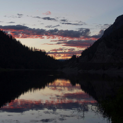 Gespiegelde zonsondergang