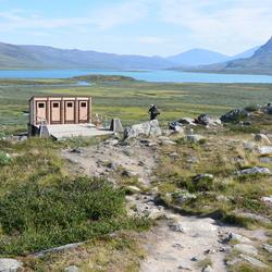 Toilet op toplocatie (Alesjaure, Zweden)