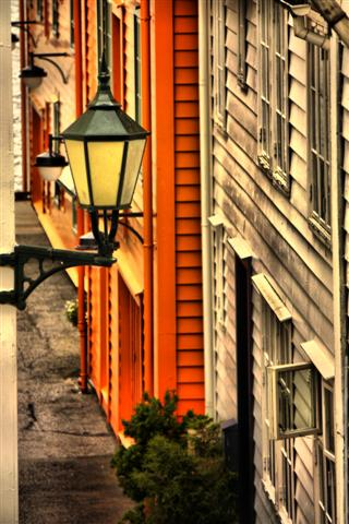 Straat in Bergen, Noorwegen - Eén van de vele kleurrijke straatjes van Bergen in Noorwegen..