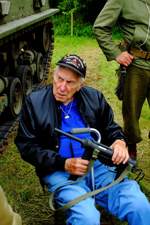 Still knows it - WWII veteran fourth armored division<br /> At old beth page long island NY