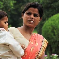 India, मां