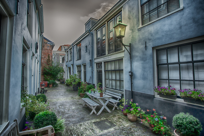 Steegje in Haarlem
