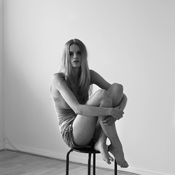 Romy @ iD Modelmanagement