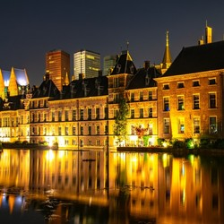 Den Haag by night