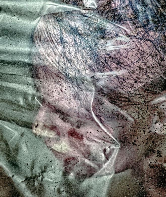 a drowned doll - eventueel groot zien<br /> <br /> <br /> een paar werken gemaakt die mijn angst voor water aangeven en het verstikkende gevoel wat