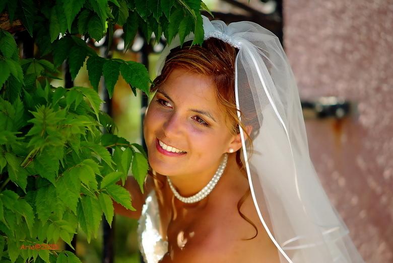 petite vind bruid mooi