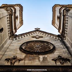 Kikker perspectief van een prachtige Kathedraal in Girona