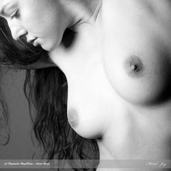 Artistic nude Joy
