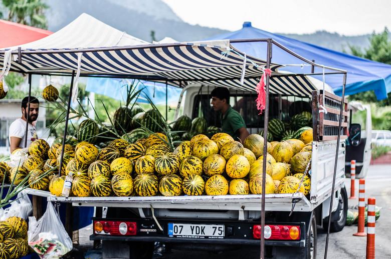 watermeloenen - watermeloenen verkocht vanuit truck