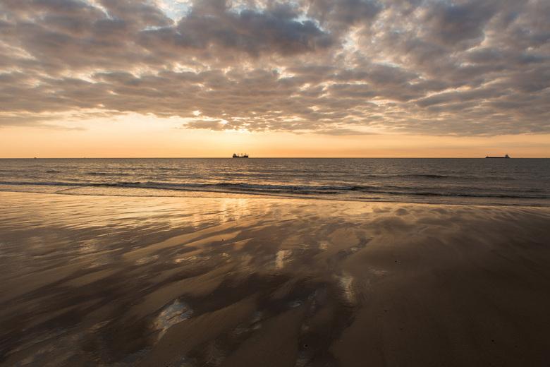 's Avonds aan het strand.jpg - 's Avonds aan het strand.jpg