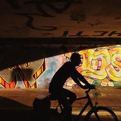 Passing by graffiti