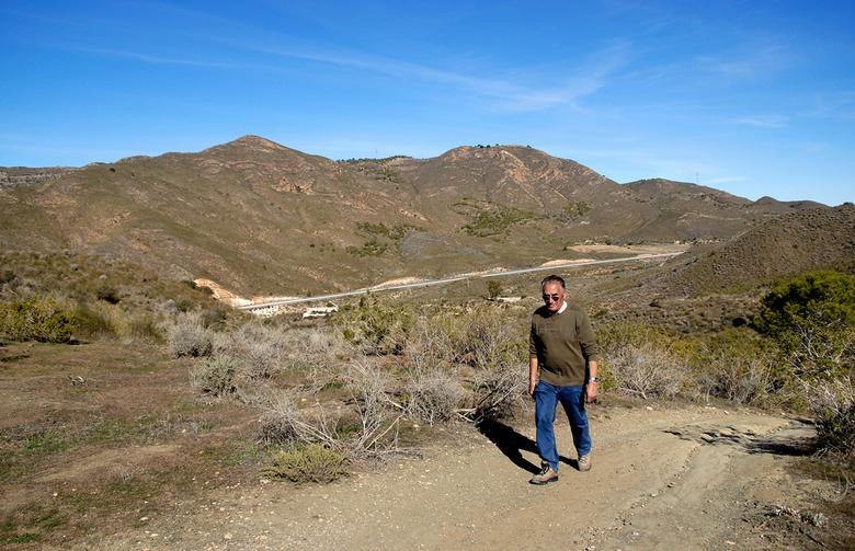 wandeling 4 - Nog even een plaatje van afgelopen zondag. Gisteren heb ik weer een beetje in de tuin gewerkt. Ik heb nu 8 oleanders gesnoeid en 3 yuca